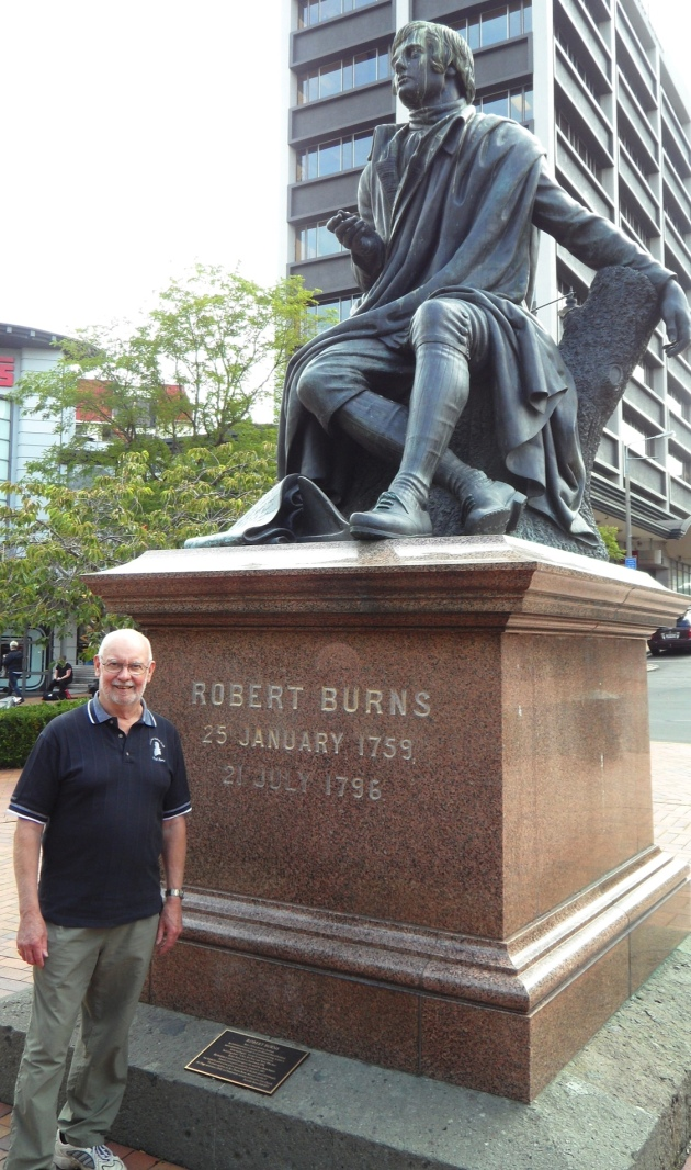 Statue of Burns